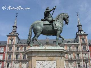 King Felipe III statue in Plaza Mayor